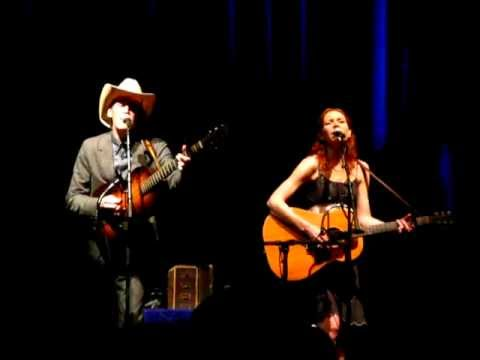 Down Along The Dixie Line - Gillian Welch, live @ Clyde Auditorium, Glasgow, 20-11-2011