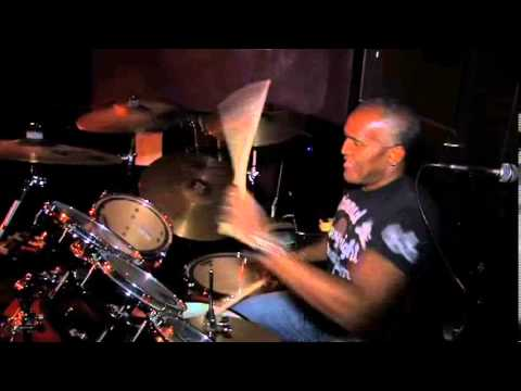 Drum solo live from keegan's in Torrence California. Enjoy!