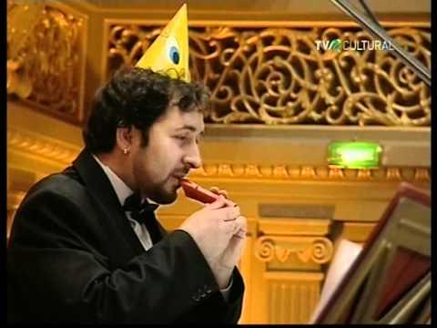 ¡Una Maravillosa Sinfonía Interpretada Con Juguetes!