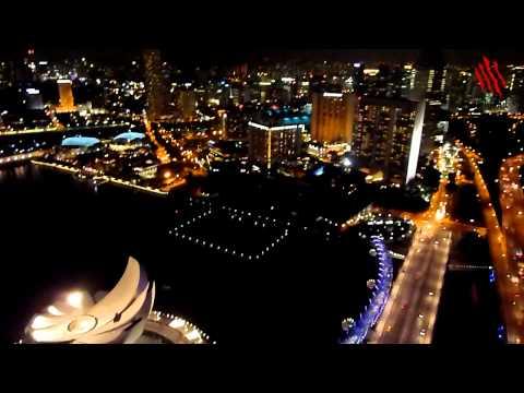 Ver Singapur de noche desde lo alto del Marina Bay Sands