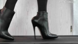 Elite-Heels Ankle Boots