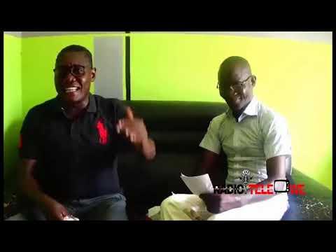 L'artiste Bosco de Baye sur le plateau de Radio Télévision Wê dans l'émission Et si on en parlait
