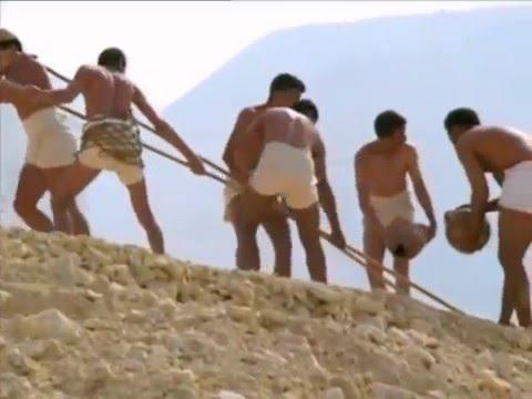 строительство пирамиды видео