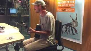 "Rayland Baxter ""Oh My Captain"" - Live at Radio 1, Germany"