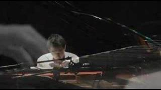 Yiruma River flows in you Music
