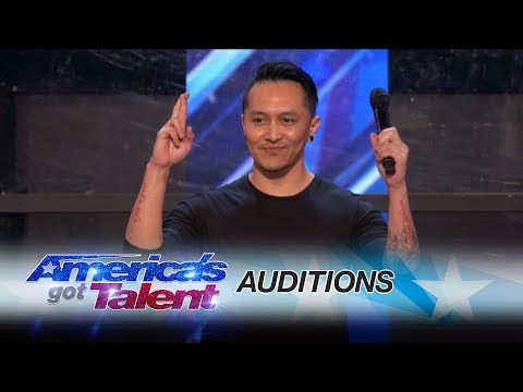 Demian Aditya: Escape Artist Risks His Life During AGT Audition - America's Got Talent 2017 (видео)