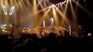 Anastacia - Sick and Tired (Live, Heineken Music Hall 14-06-2009)
