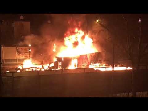 Три человека сгорели заживо в массовом ДТП в Подмосковье