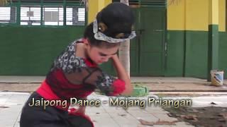 Jaipong Dance - Mojang Priangan (Indri Pujiastuti)