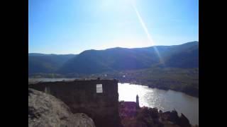 preview picture of video 'Dürnstein (Ruine) - Donau - Wachau - Danube - Austria'
