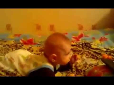 Макс 6 месяцев. танцует под Макса Коржа