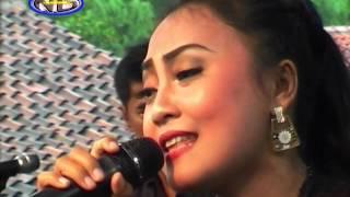 Antara Teman & Kasih Vocal, Noer Azizah Gavra Music CDR