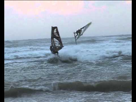 Preview video PUZZITEDDU WAVE CLASSIC 2011 - PARTE 2