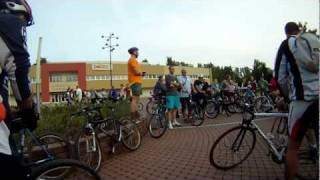 preview picture of video 'Critical Mass Oroszlany - 2011 - az automentes napon'