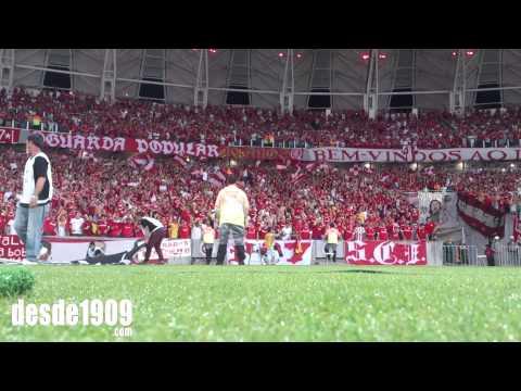 """Vs Emelec - LA15 - Vamo Vamo Inter"" Barra: Guarda Popular • Club: Internacional"