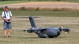 AIRBUS A400M GIGANTIC RC SCALE AIRLINER MODEL FLIGHT DEMO / Airliner Meeting Airshow 2015