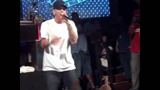 Eminem-On Fire (Live)
