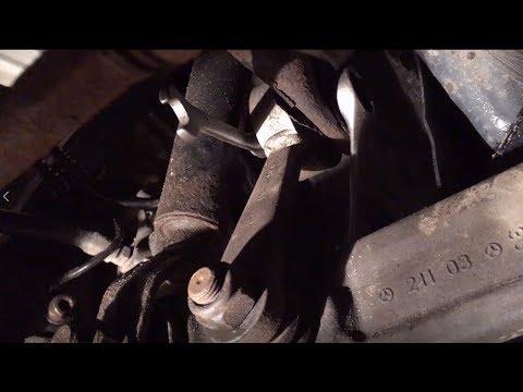 Mercedes Benz E W211 передние тяги стабилизатора замена