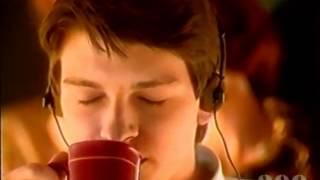 Даниил Страхов в рекламе Нескафе 1998 г