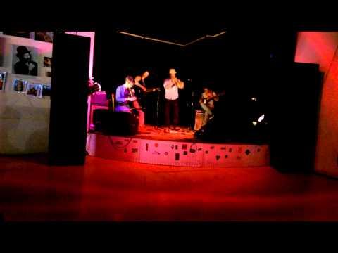 Poeina - Johnny (live)