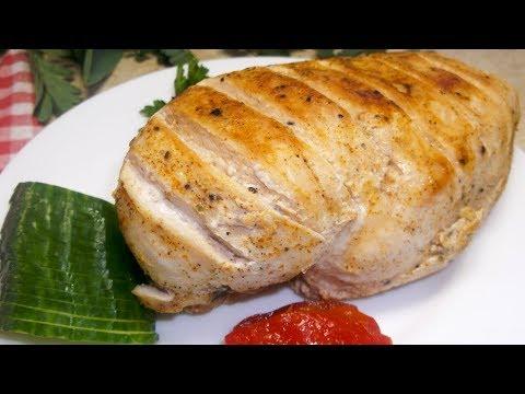 Надоела сухая куриная грудка? Рецепт самого Сочного Куриного Филе в пергаменте на сковороде видео