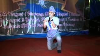 preview picture of video 'Telling Story By Muh. Faizal Rahman (sman 1 Pinrang) Part 1'