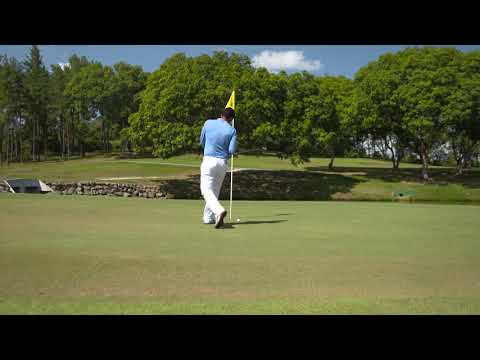 Golfregeln ab 2019 - Ball trifft unbedienten Flaggenstock im Loch