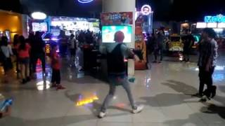 Just Dance 2014- Can't Hold Us by Macklemore (5 Stars)-  Market Market, Bonifacio Global City