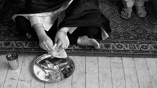 Why Do We Sit On The Floor While Eating - Science Behind Hindu Indian Culture