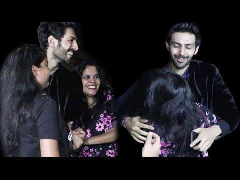 Girl Fans Go Crazy For Kartik Aaryan at Student of