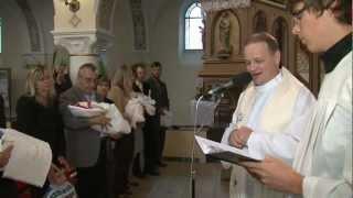 preview picture of video 'Křtiny v Uherčickém kostele 7.10.2012'