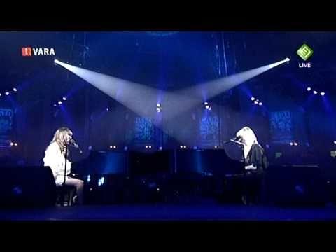 Laura Jansen & Jacqueline Govaert - Single girls in a big world - 3FM Awards 14-04-11 HD