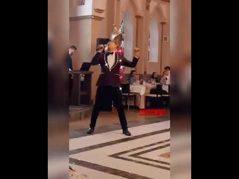 """Звезда """"Дома-2"""" Степан Меньшиков исполнил песню для нерюнгринцев"""