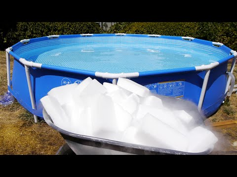 وضع الثلج فى حمام السباحة