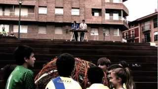 preview picture of video 'Euskararen aldeko FlashMove-a (Zumarraga-Urretxu)'