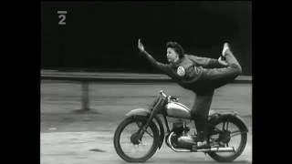 Motorkoví kaskadéri na spartakiáde (1955)