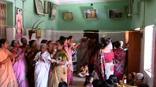 preview picture of video 'পবিত্র প্রবারনা পূর্নিমা ও শিবলী পূজা ২০১৪, Aliswar Shanti Niketan Buddhist Temple'