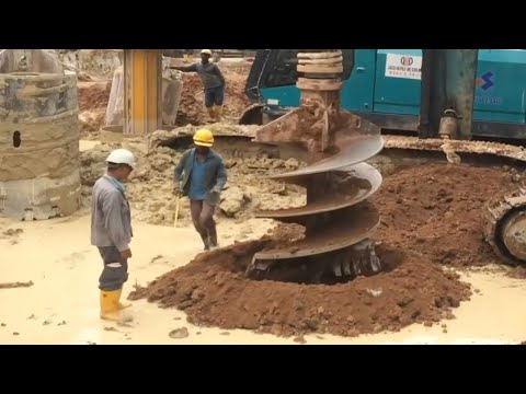 Incredible Modern Bored Pile Construction Machines Technology. Extreme Ingenious Construction Worker