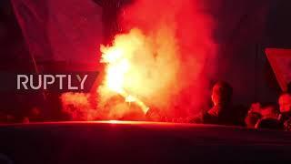 Włochy: Kibice Lazio żegnają się przed meczem Bayernu Monachium.
