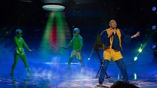 """UFO Phil performs """"Alien Jam"""" on The Gong Show (alien song)"""