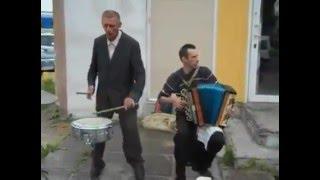 2 чудика на улице ударные и гармонь