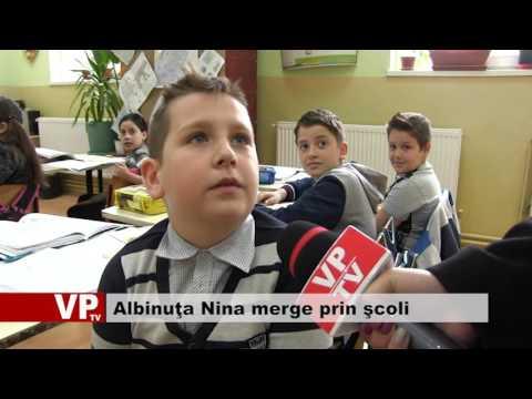 Albinuţa Nina merge prin şcoli