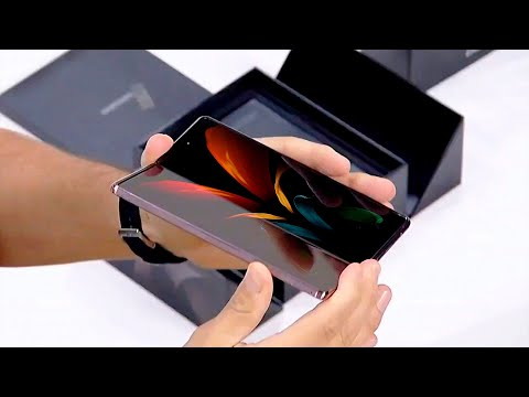 Z FOLD 2 REVEALED! Live Samsung demo with unboxing