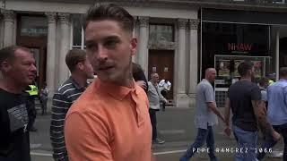 Tommy Robinson #FakeNews didn't show this.  #FLA #LONDON #UnitedAgainstExtremism 🇬🇧