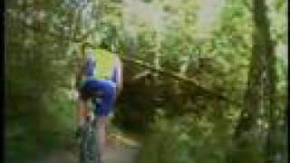 preview picture of video 'attacchi mountain bike duri in fuoristrada'
