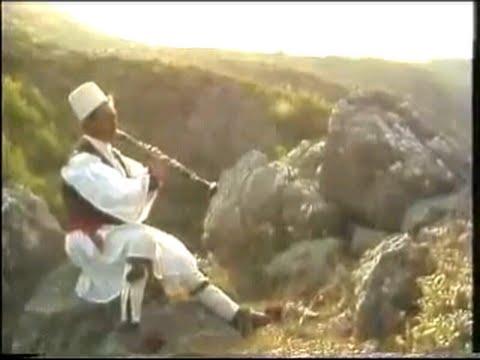 Kaba kolonjare me klarinetë