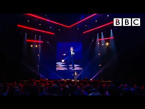 Eddie Izzard salutes the Olympic sport of dressage - BBC