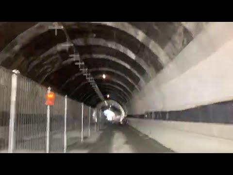 Preko novog mosta u Đenovi prešao prvi automobil