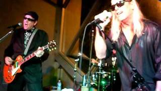 Cheap Trick Baby Loves To Rock live at San Diego Comic Con 2010