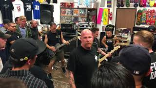 Strife - Am I The Only One - Live at Programme Skate & Sound In Fullerton, CA on December 7, 2017